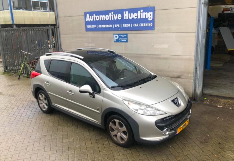 Peugeot 207 SW Outdoor